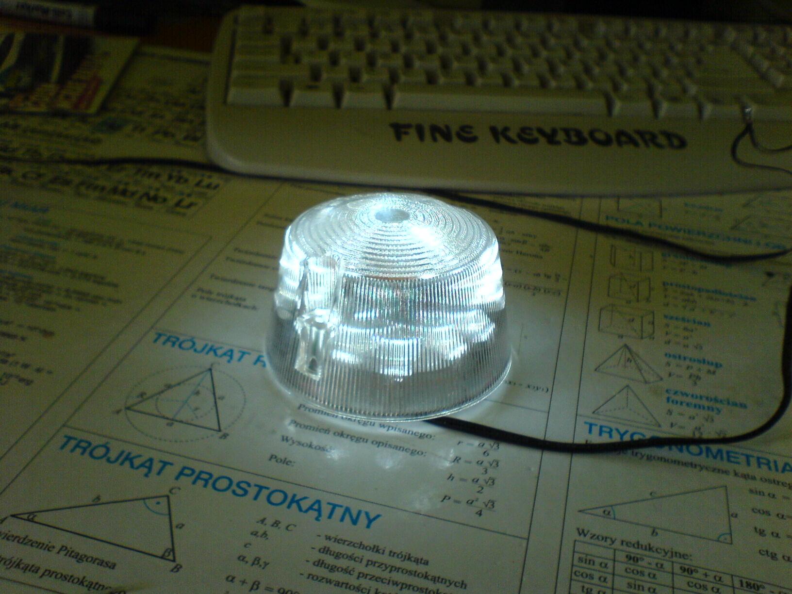 Lampka pozycyjna na jacht
