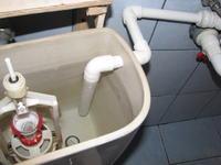 Oszczędność wody i pieniędzy- Woda z umywalki do spłuczki