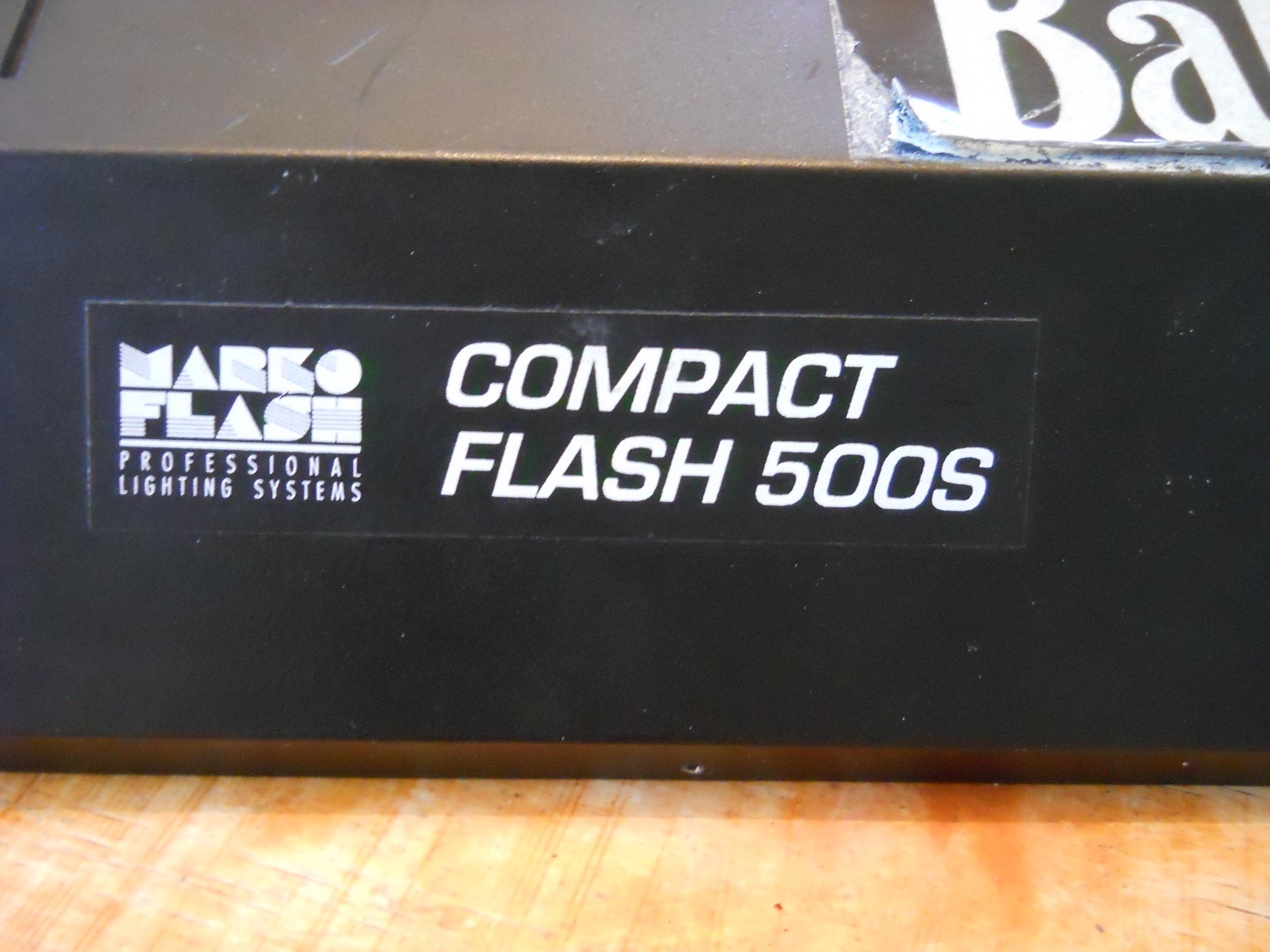 Lampa studyjna MARKO FLASH 500S - g�o�ny huk podczas b�ysku