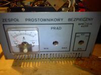 Prostownik BZP 12/2,5W czy można ładować akumulator samochodowy?