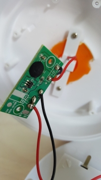 Lampka z sensorem - Nie działa sensor prawidłowo