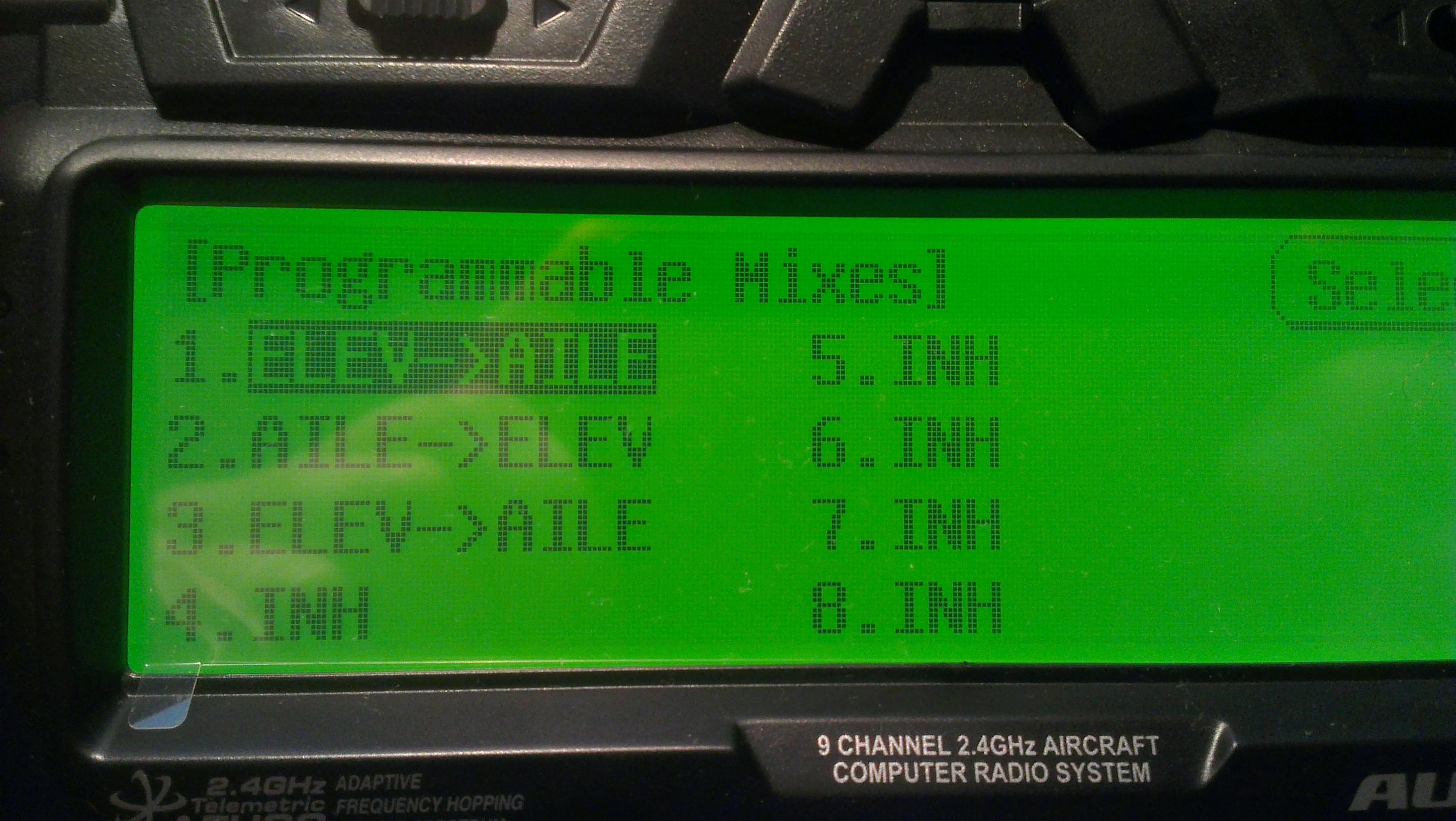 HiTEC AURORA 9 - Ustawienia radia dla katamaranu