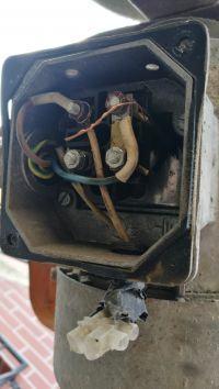 Czy dobry kondensator wybrałem do betoniarki? Oryginalny zniszczony