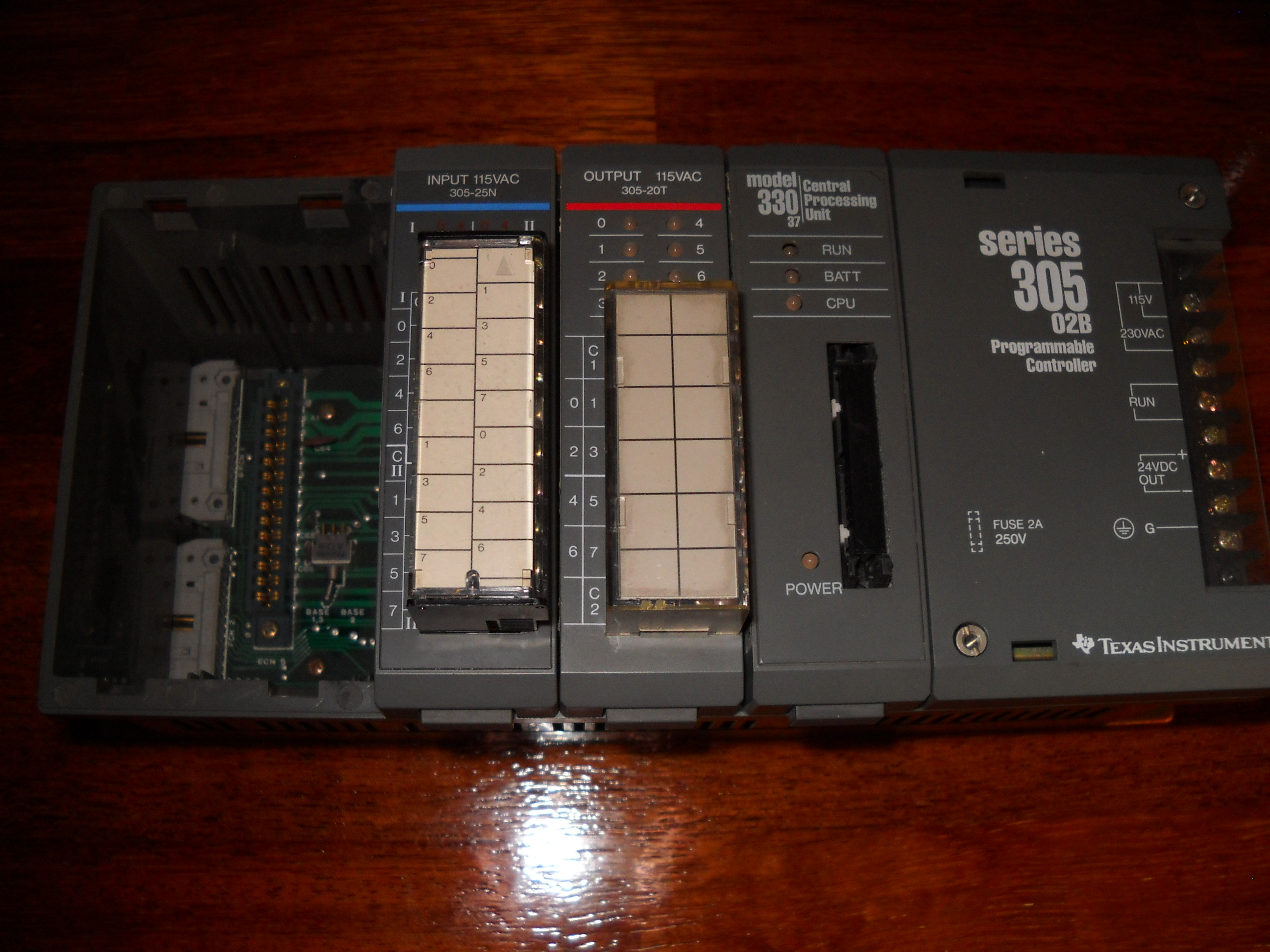 [Sprzedam] Texas Instruments Simens 305-02B + Input + Output + CPU