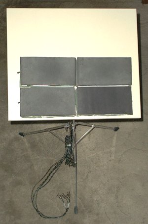 """""""Półprzewodnikowy"""" syntezator perkusyjny"""