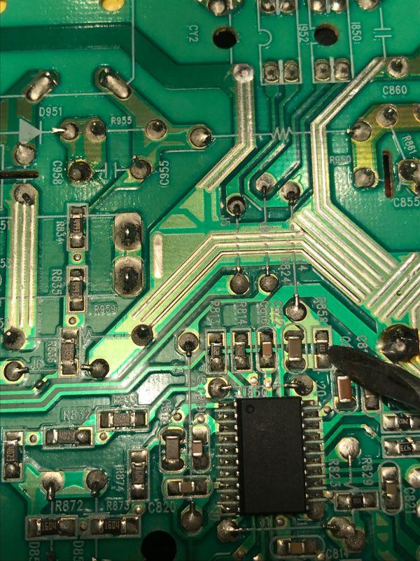 Gateway FPD2485W - Zasilacz pali tranzystor pod obciążeniem