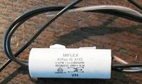 Whirpool AWG-681 - palący się przewód przy filtrze przeciwzakłóceniowym
