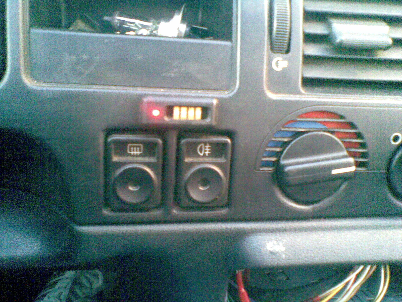 Dorobienie immobilisera lub jego demonta� - Ford Escort 93r