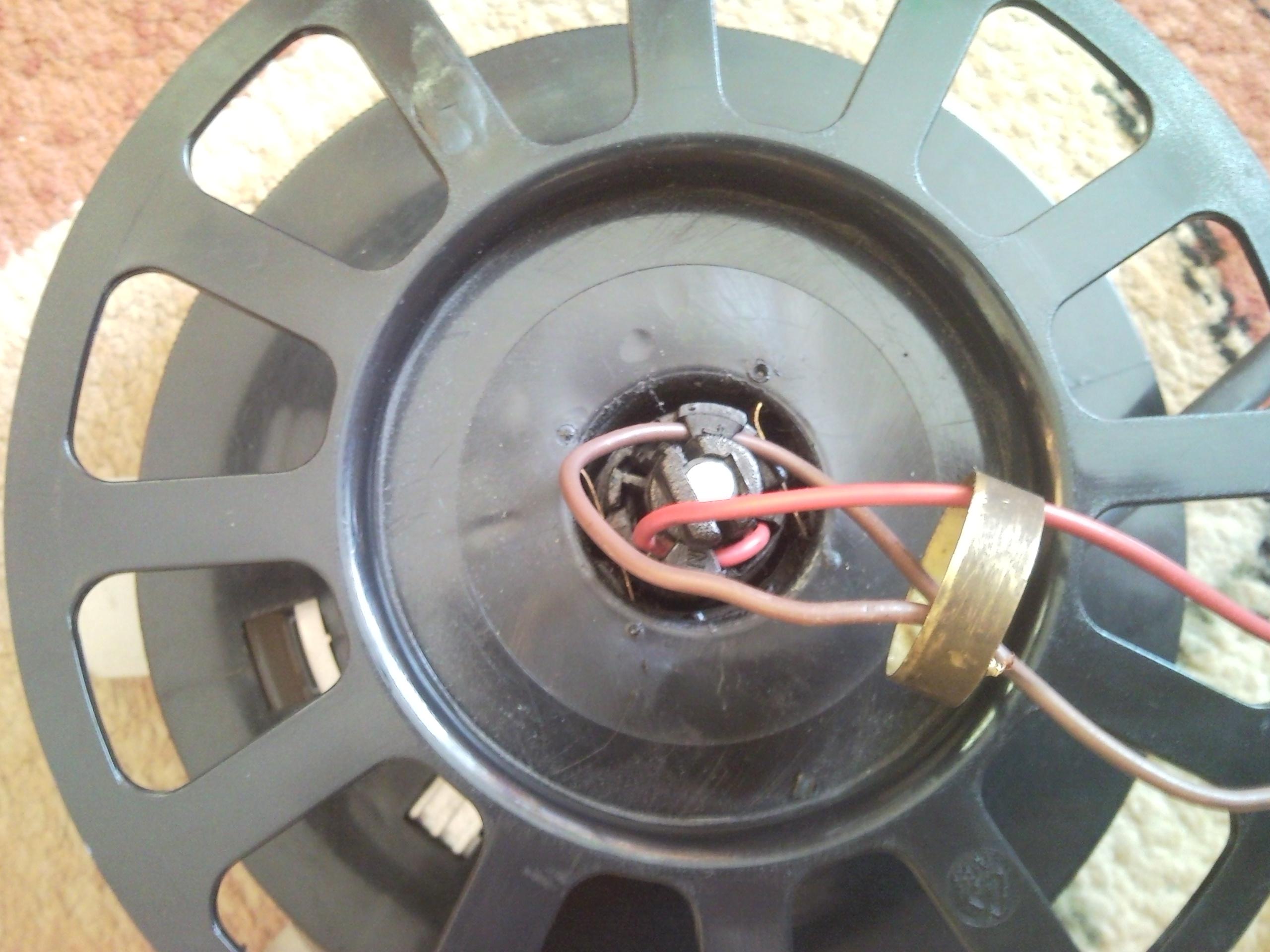 jak wymienić koło w odkurzacz zelmer jupiter 4000