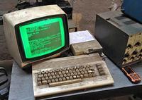 Commodore C64 - zarabiający na siebie od 25 lat :)