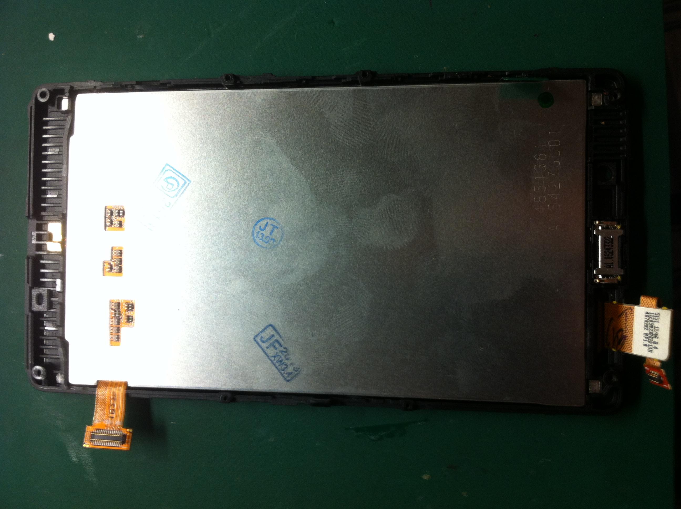 Nokia Lumia 820 - po wymianie LCD nie dzia�a g�o�nik.