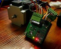 Miniaturowy sterownik silnika krokowego
