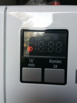 Bosch Maxx5 WLX24160PL/01 - Miga symbol otwartych drzwiczek. Nie działa.