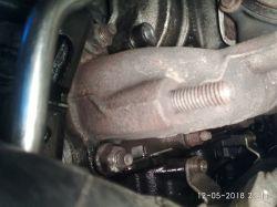 VW Caddy 2.0Tdi - Wyciek oleju, gwizdy przy przyspieszaniu.