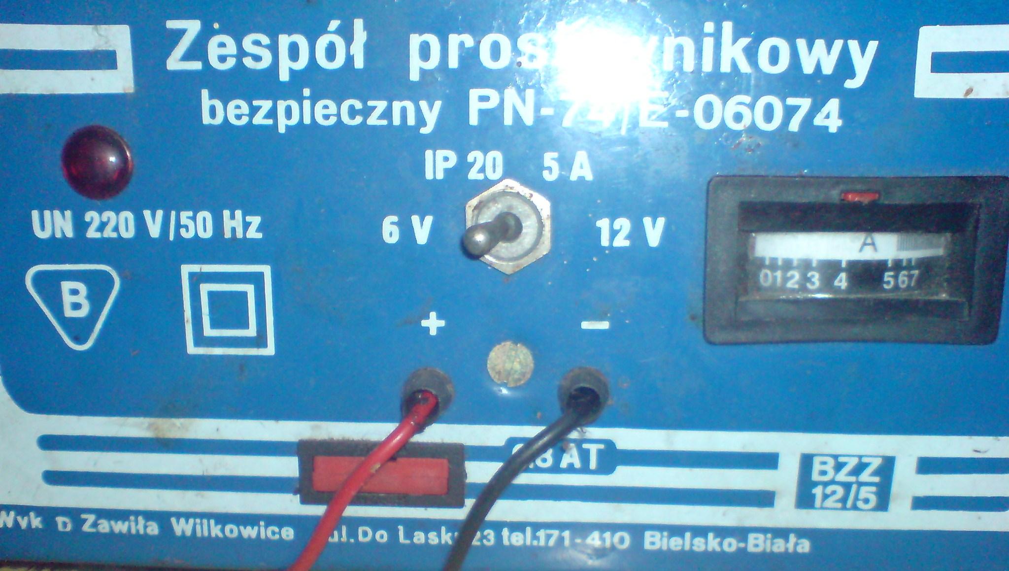 Zesp� prostownikowy bezpieczny PN-74/E-06074 brak �adowania