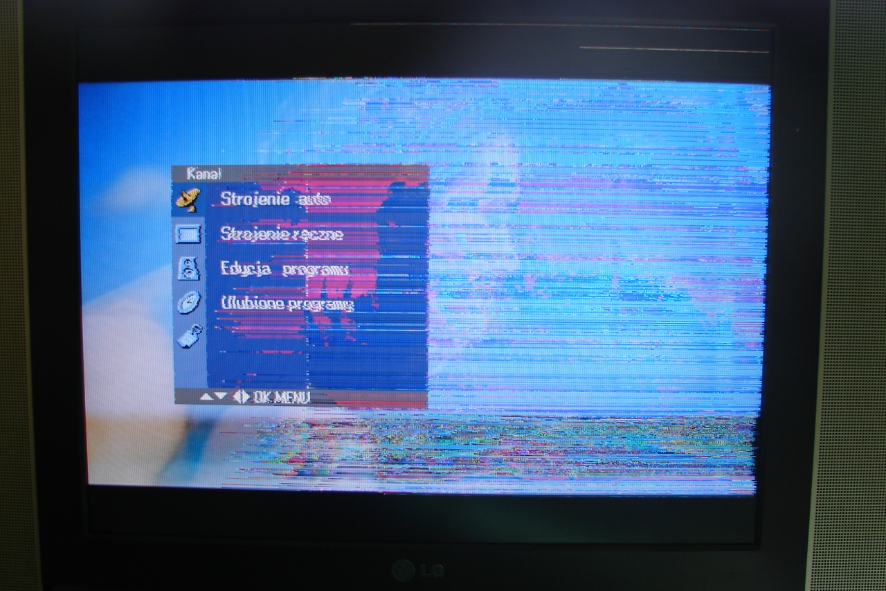 Telewizor LG RZ-20LZ50, matryca LC201V02_A3KA i LC201V02_SDA3,