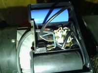 silnik 1 fazowy Capral - gdzie podłączyć kable, aby ten silnik uruchomić?.