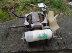 - Identyfikacja silnika - Indukcyjny z kondensatorem, moc, obroty?