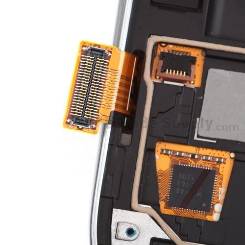 SGS3 I9300 - I9300 Nie dzia�a dotyk, szybka ca�a, nie wymieniana. Brak elementu.