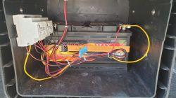 Jak zrobić bezpieczne ładowanie dodatkowego akumulatora?