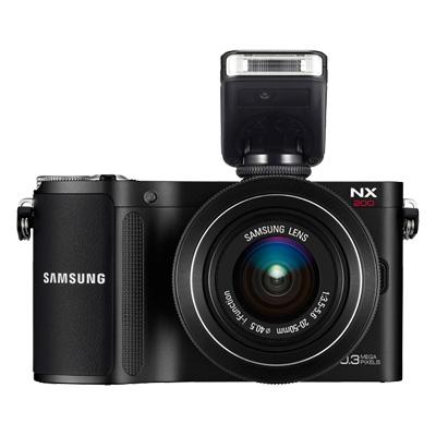 Samsung NX200 - kompaktowy aparat z matryc� 20,3 Mpix i wymiennym obiektywem