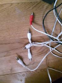 Samsung. - Jak podłączyć głośniki do telewizora, jaki kabel ?