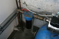 Hydrofor - nowy zbiornik i stara pompa.