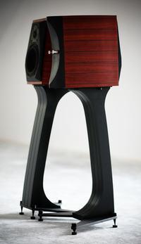 Dwu i pół drożna kolumna na głośnikach AWX