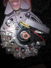 Podłączenie alternatora do C330, gdzie wpiąć zacisk zasilanie stacyjka?