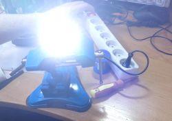 """Naprawa """"żarówki"""" LED poprzez wymianę spalonej diody LED."""