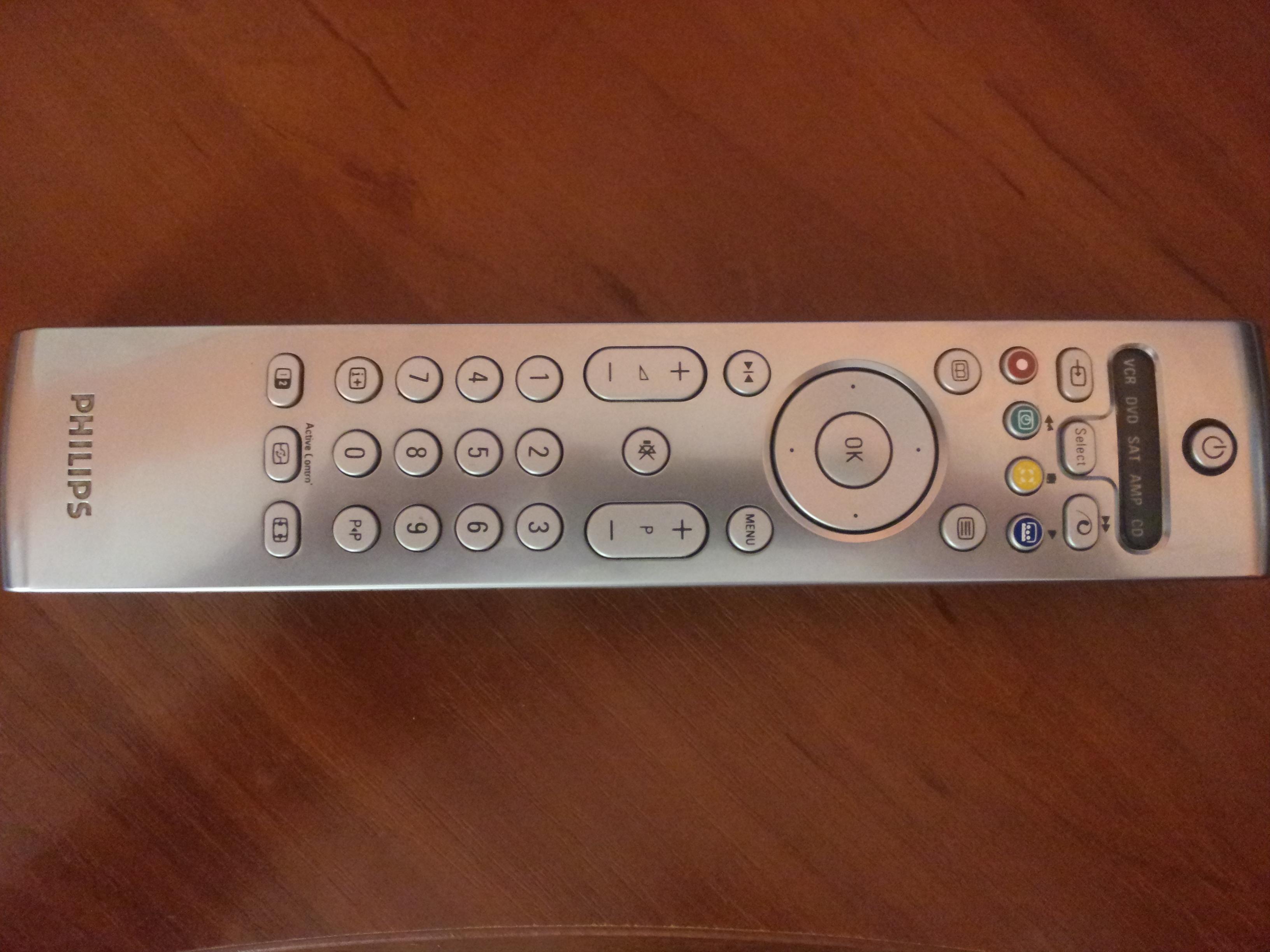 "[Sprzedam] Pilot Philips RC 4301/01B , TV 19"" USB HDMI GWARANCJA , Kilka TV"