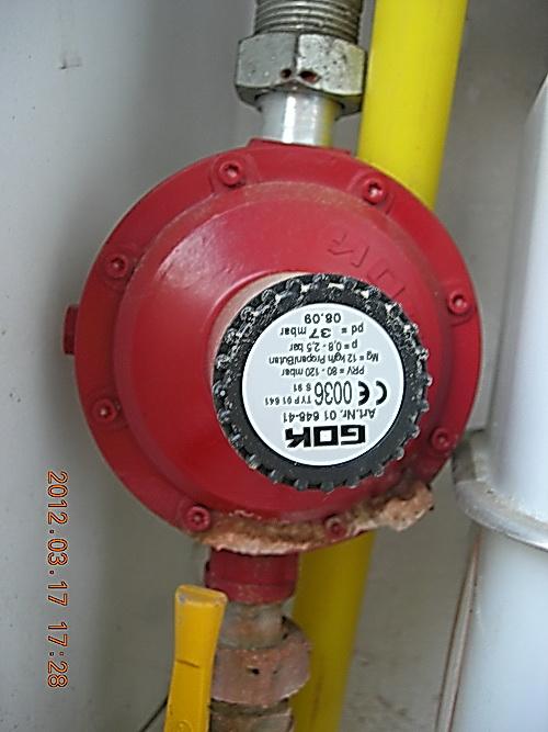 Vitodens 100-W, błąd F4, problemy z zapłonem i utrzymaniem płomienia