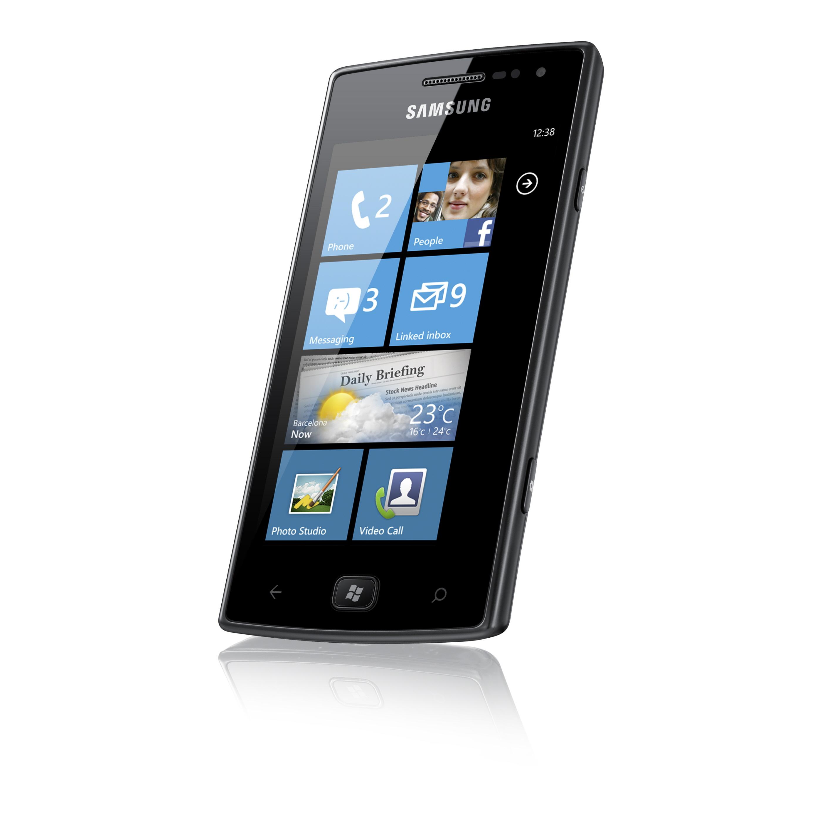 Samsung Omnia W - smartphone z ekranem Super AMOLED i Windows Phone 7.5
