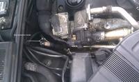 Audi/A4/B7 - Czy ktoś wie co tam powinno być ? Brakująca czesc Ciśnienia Spalin
