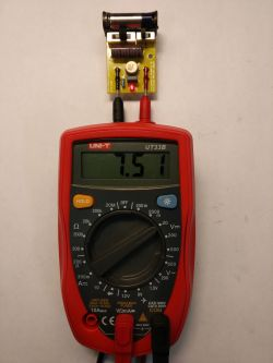 "UNI-T UT33B - ""Cheap / Dear"" - multimeter with backlight and HOLD func"