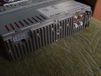 Jak pod��czy� radio samochodowe CLARUS CR-9902?