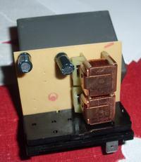 fiat cc 900 rozładowuje akumulator, zółta kostka stuka