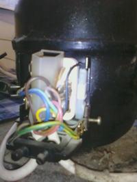 Mały kompresor warsztatowy z lodówki