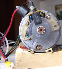 Dc servomotor controller na Attiny 2313
