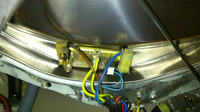 pralka Ariston AVSF 109 - smr�d palonego plastiku podczas prania