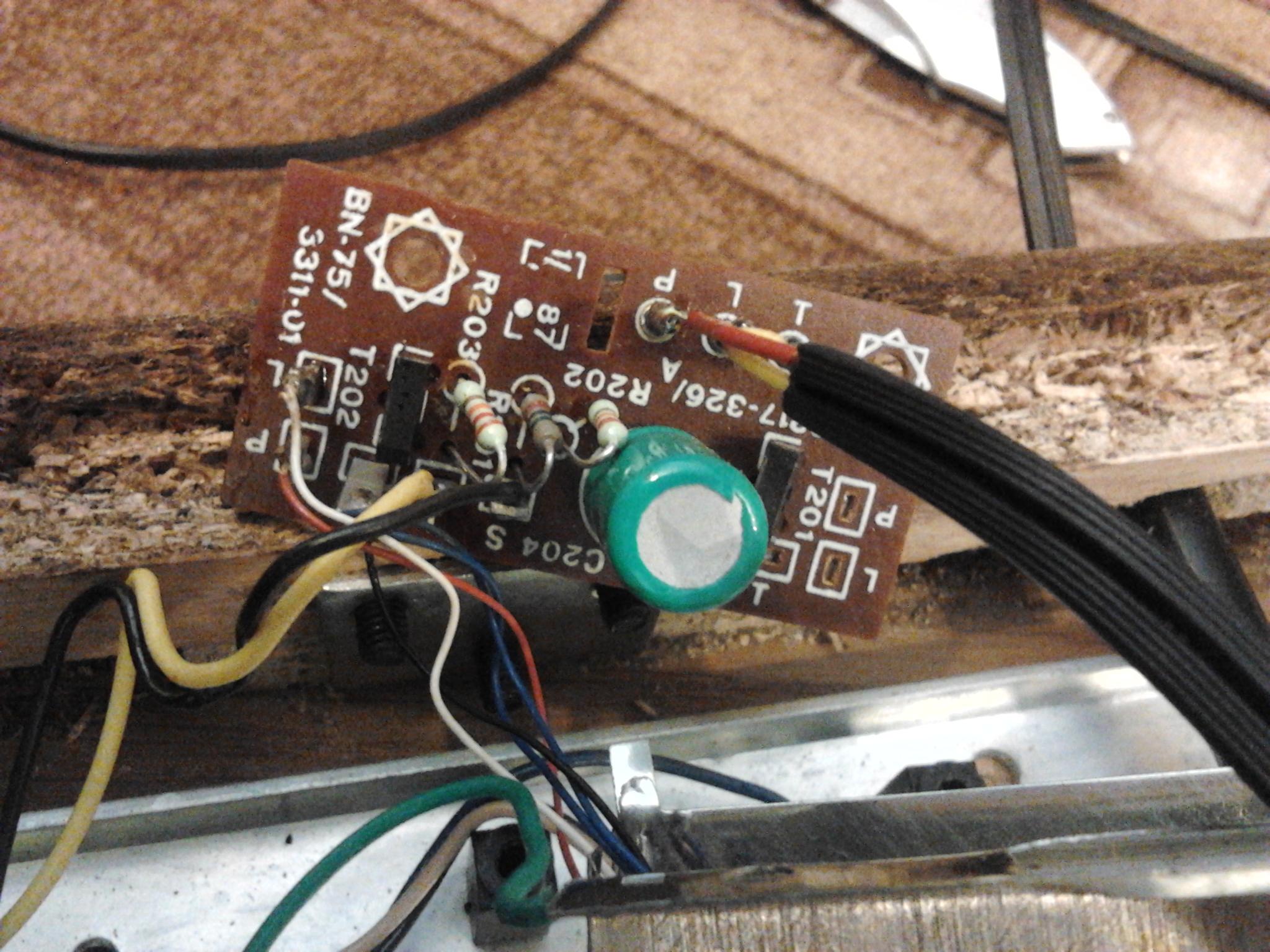GS424 i AVT-1023 - Przedwzmacniacz AVT-1023 gra cicho i obcina g�rn� cz�� pasma