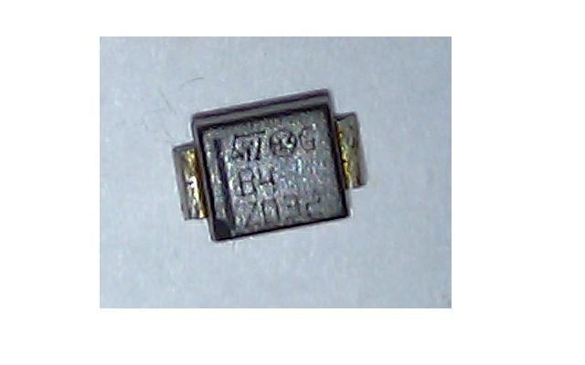 Wyj�cie przeka�nikowe BERKER 75310002 po zasilaniu agregatem