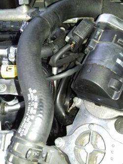 Mercedes W204 - Poci się silnik na górze