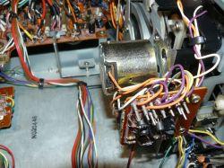 Marantz 5025 - brak tranzystora na silniku mechanizmu napędu
