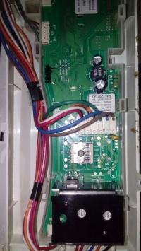 Mastercook PFE-1264 - Pralka nie obraca bębnem przy pełnym wsadzie.