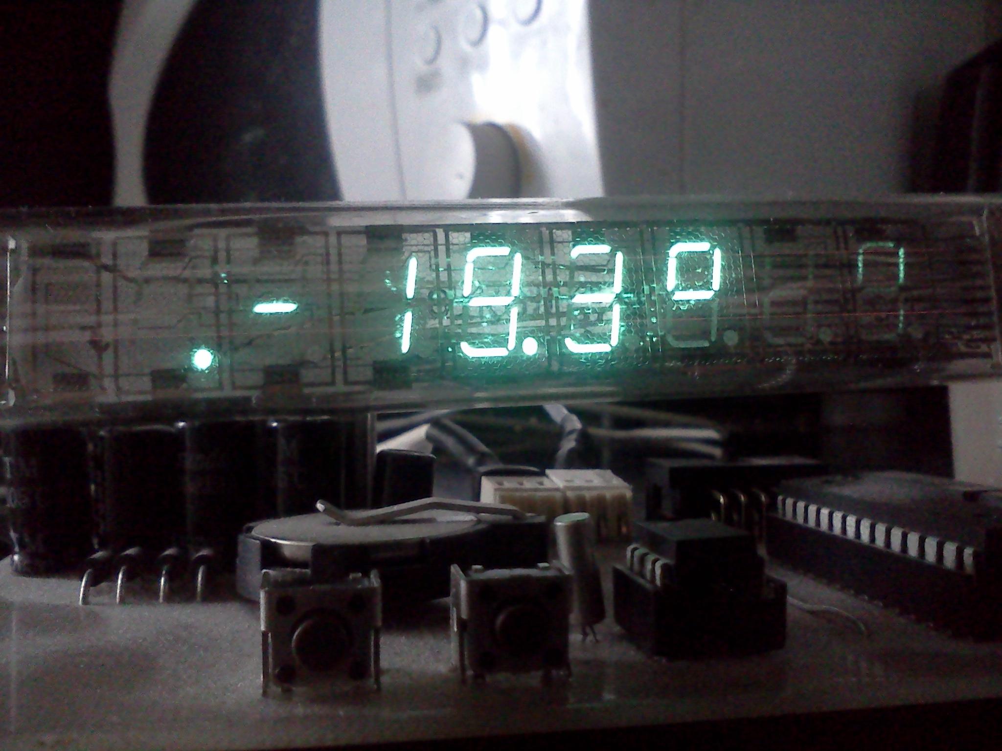 Zegar i termometr na IW-18