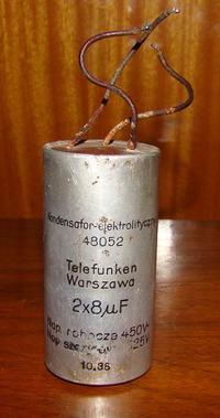 Historia - pierwsze kondensatory elektrolityczne