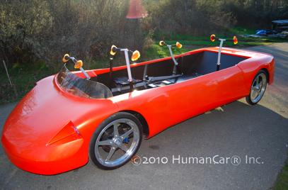 Ludzko-elektryczny hybrydowy pojazd w przyszłym roku (wideo)
