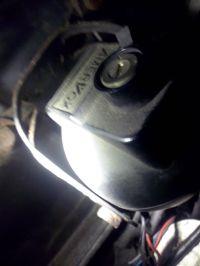 Mitsubishi Carisma 1.6 \\\'03r - alarm amervox nie pozwala odpalić auta?