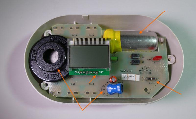 Zaglądamy do wnętrza detektora czadu